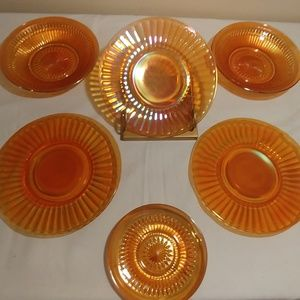 DISHES/CARNIVAL GLASS/MARIGOLD